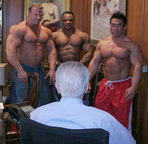 Gay for Pay pro bodybuilders (NSFW)