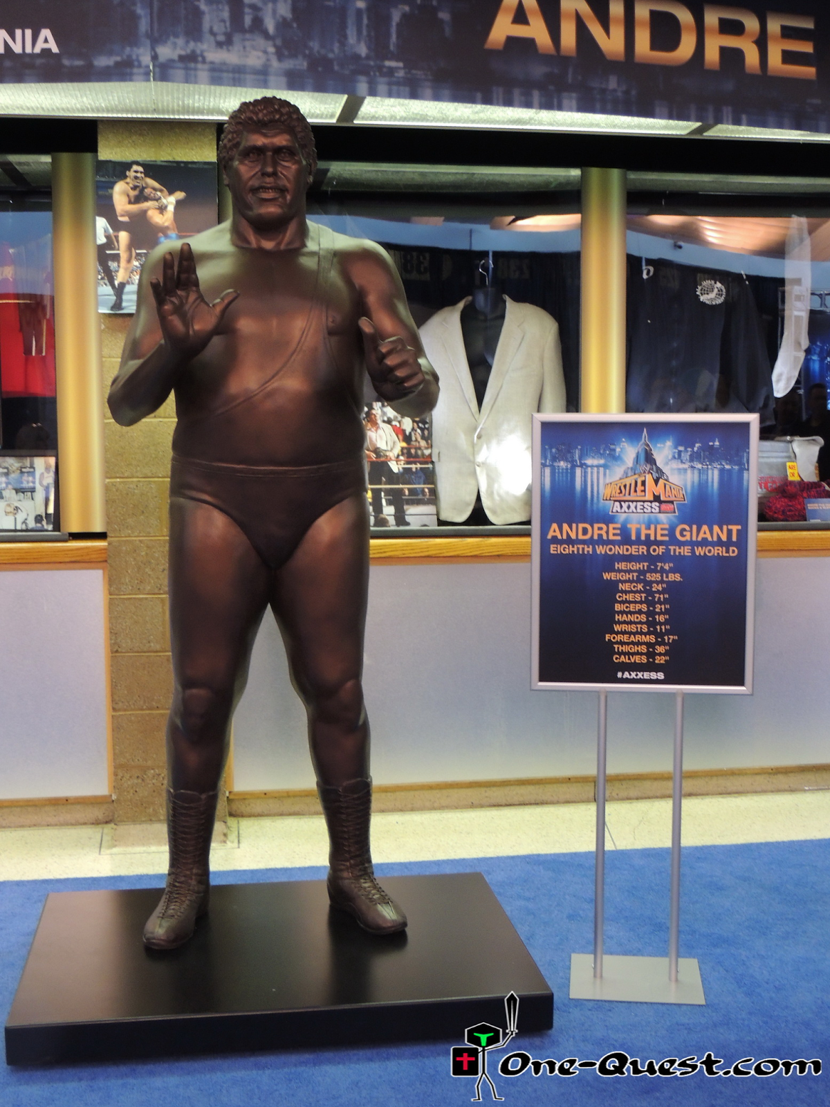 Andre the Giant statue